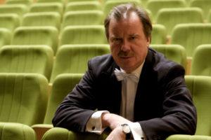 Informacje o orkiestrze Tomaszu Radziwonowiczu